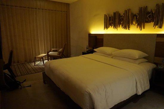 Andaz Peninsula Papagayo Resort: Very comfy bed