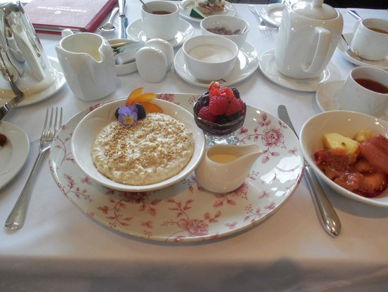 Castlewood House: And this was only the starter oatmeal course!