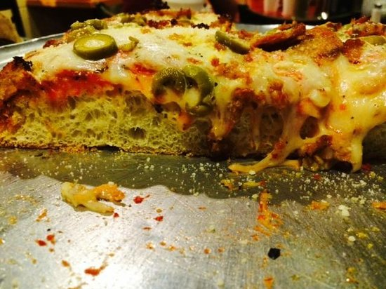 DeLosa's Pizza : Authentic Sicilian Pizza