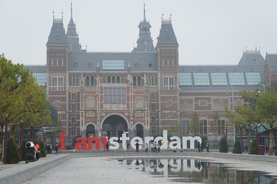 Van-Gogh-Museum: A walk to museum plein where the iconic IAmsterdam is located.