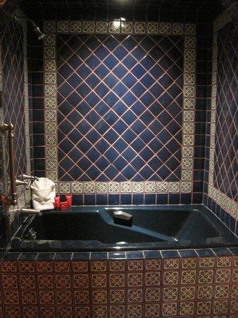 """El Monte Sagrado: Tile Work in Global """"Spain"""" Suite Bathroom"""