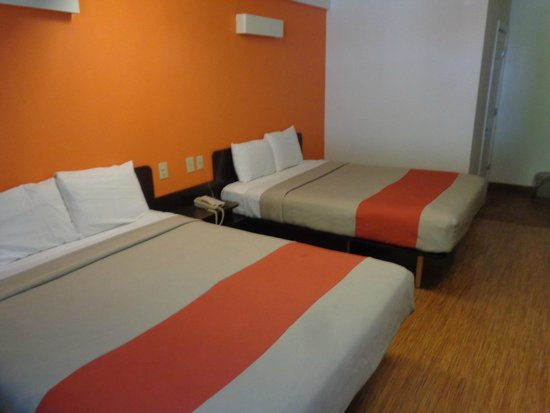 Motel 6 Lake George: chambre