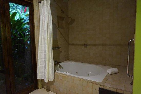Rio Celeste Hideaway Hotel: Jacuzzi