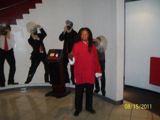 "Madame Tussauds New York: ""Whoopi Goldberg"" figure Madame Tussaud"