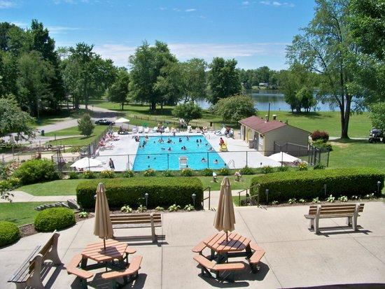 Roundup Lake RV Resort: Pool