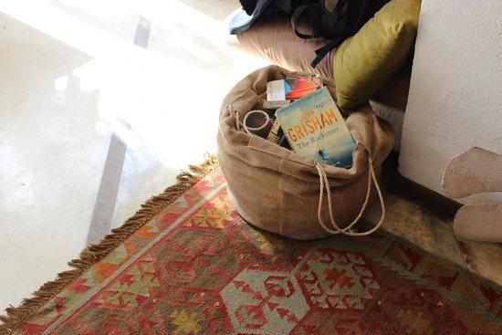 Posada La Cigala: Área de Leitura