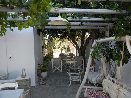 Afrodite Boutique Hotel : Outdoor area