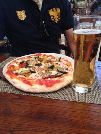 Ristorante Caffe Giotto: Yummiest Pizzas