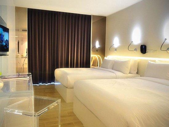 هتل ای-وان
