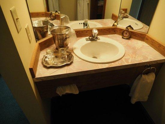 Enzian Inn : 1 of 2 sinks in room 126 - 1 Queen Room
