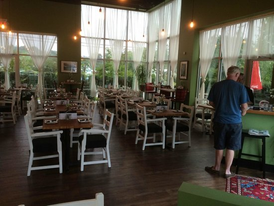 Sheila's Bistro and Catering: Sheila's Bistro