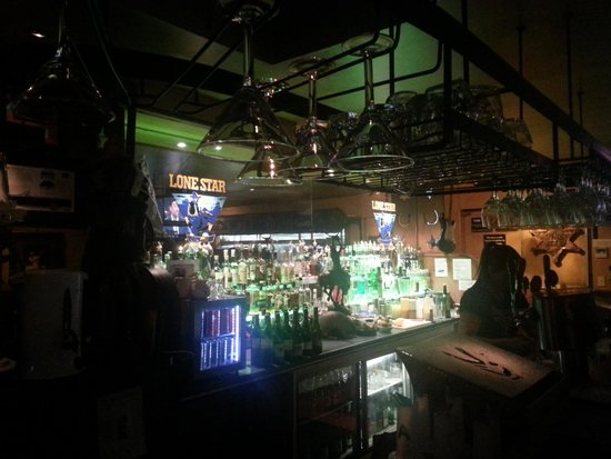 Lone Star: Fun bar!!