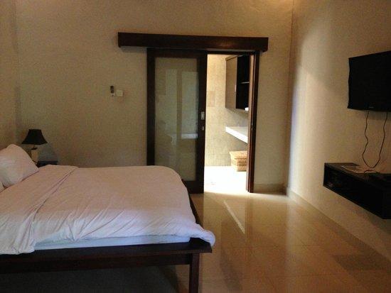 Matra Bali Guesthouse : Room