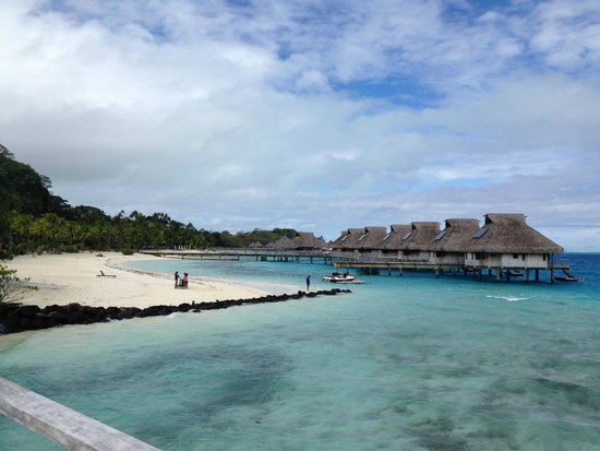 Conrad Bora Bora Nui : View from the Beach Bar/Restaurant