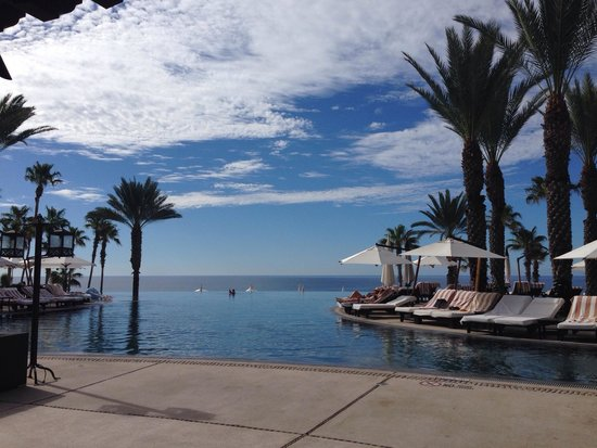 Hilton Los Cabos Beach & Golf Resort: The view from the restaurant ... Breathtaking