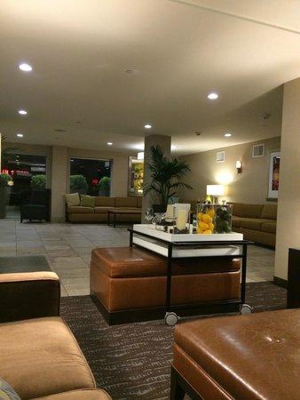 Hilton Garden Inn Los Angeles Marina Del Rey : Lobby