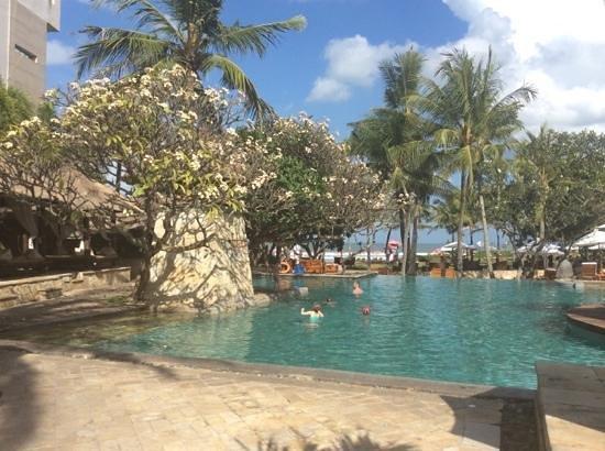 The Royal Beach Seminyak Bali - MGallery Collection : pool