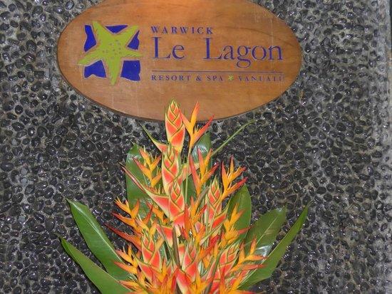 Warwick Le Lagon - Vanuatu: Reception