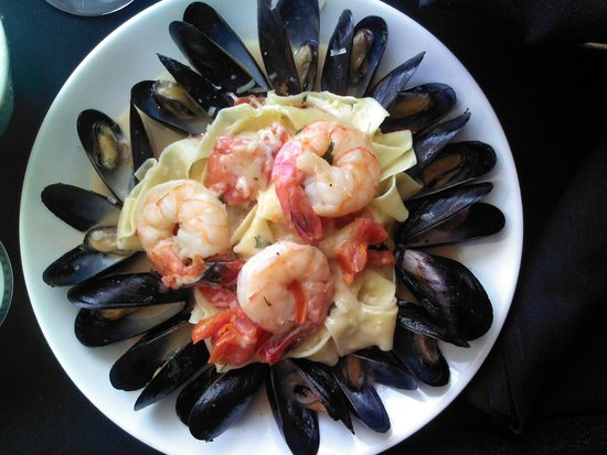 Dish: Tagliatelle with Jumbo Shrimp and Mussels