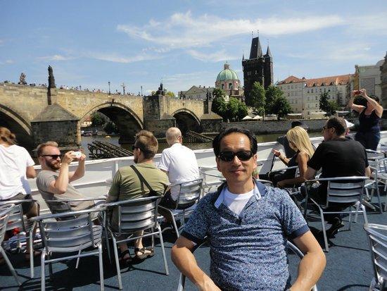 Prague Venice Boat Trip : サングラスは必須