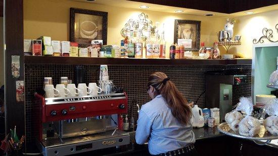 Viva Itacate : Cafe Area
