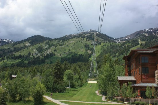 Jackson Hole Aerial Tram: The tram from base of mountain
