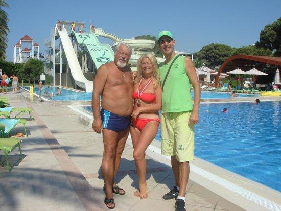Cornelia De Luxe Resort: old Friends