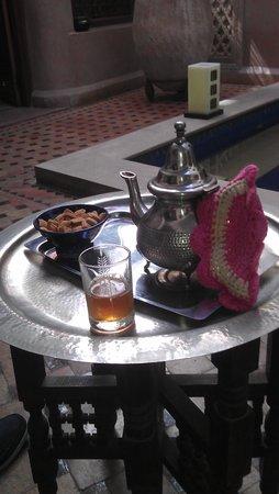 Riad Dar Beldia: Willkommens  Drink  - wunderbar