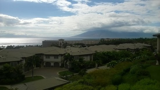 Ho'olei at Grand Wailea: Looking NW to Lanai and West Maui
