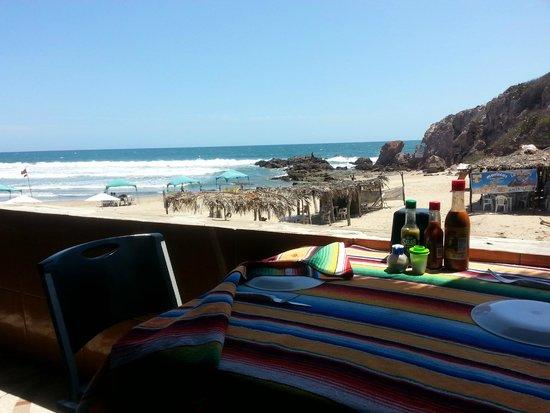 Mr. Lionso Playa Bruja: La vista un poco más de cerca.