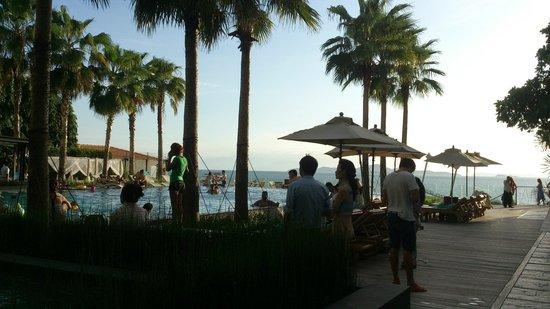 Cape Dara Resort : บรรยากาศยามเย็น