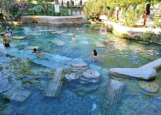 Hierapolis & Pamukkale: Hierapolis, piscina termale