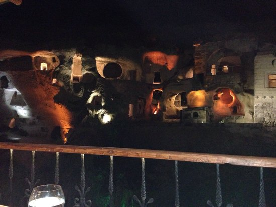 Gamirasu Cave Hotel: Resturant view :)