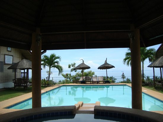 Bodos Bamboo Bar Resort: You have a beutiful view from the pool