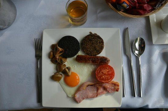 Thistle House Guest House: delicious full Scottish breakfast