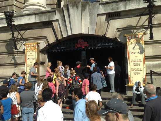 The London Dungeon : Entrance confusion