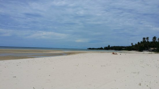 แหลมเส็ต, ไทย: Words fail to describe how beautiful this beach is.