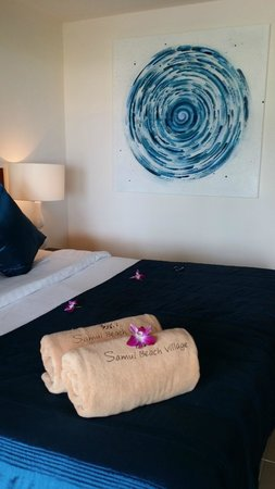 Shiva Samui: Inside our Ocean Room - the bed is firm but super comfortable