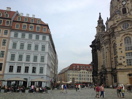 Neumarkt: surrounded by majestic buildings