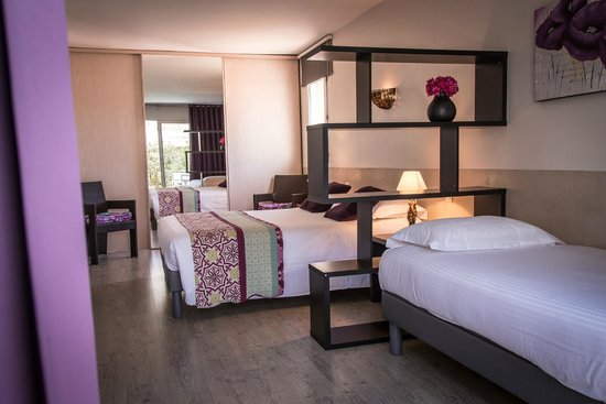 Golfe Hotel : Chambre triple supérieure