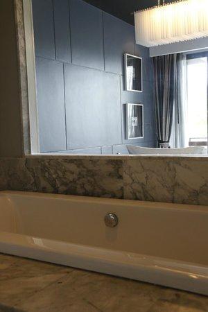Foto Hotel: Bathtub