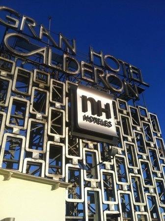 NH Collection Barcelona Gran Hotel Calderon: The rooftop