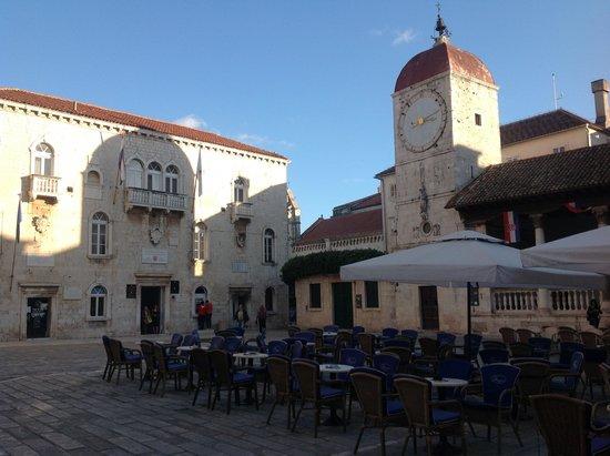 Weltkulturerbestätte Trogir: 広場