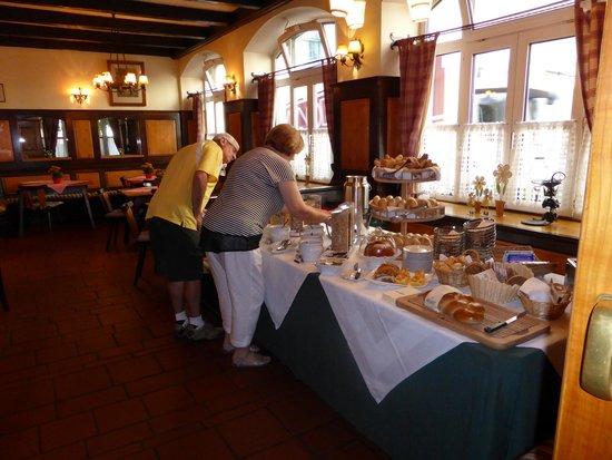 ACHAT Plaza Zum Hirschen: Great Breakfast Choice