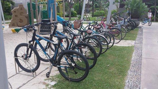 Anantara Vacation Club Phuket Mai Khao: Bicycle for rental