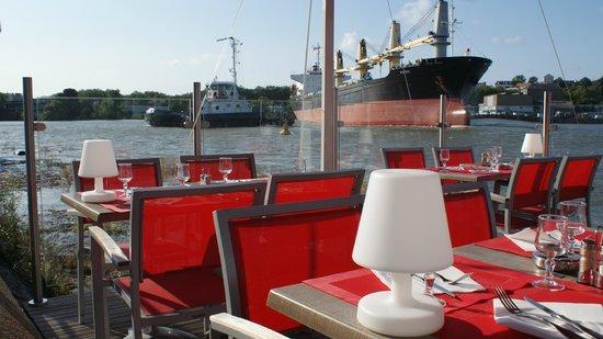 Le Vaporetto : le bateau rentre au port