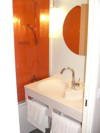 Ibis Styles Paris Bercy : Baño