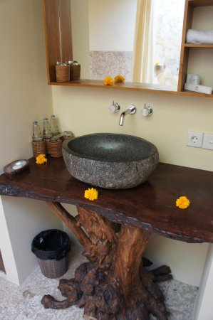 Munduk Moding Plantation : La salle de bain