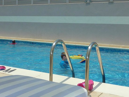 Premier Inn Dubai Silicon Oasis Hotel: Rooftop pool a hit with the kids