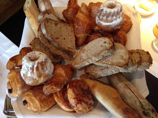 Hotel K: Viennoiseries et petits pains